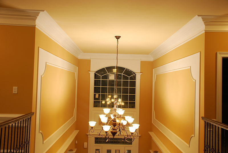 How to Measure and Cut Crown Molding